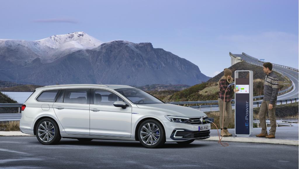 Volkswagen atualiza Passat com grande foco na versão GTE