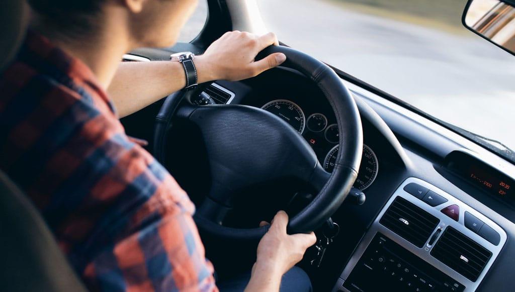 Para 25% dos portugueses o automóvel é um meio de liberdade