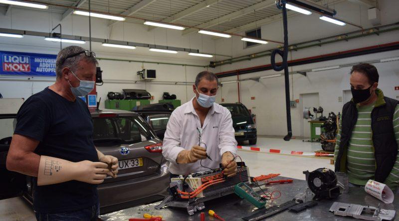 11 - ContiService-fornece-formação-técnica-de-veículos-elétricos-e-híbridos