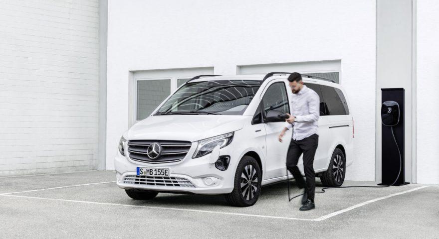 11 - Mercedes-Benz-inicia-estratégia-de-veículos1