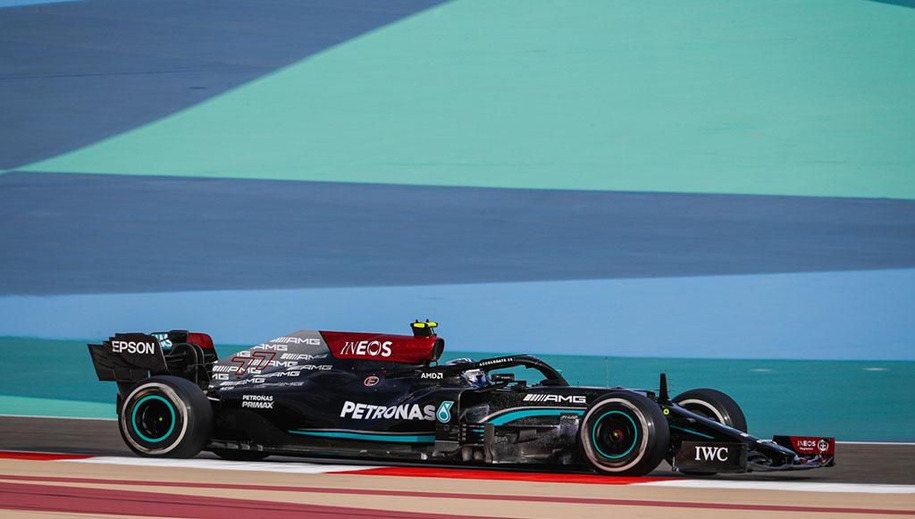 03 - Mercedes-AMG-Petronas-e-preto-Spies-Hecker