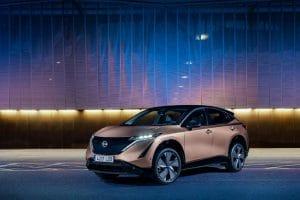 03 - Nissan-aposta-na-cor-dos-modelos-eletricos-ARIYA01