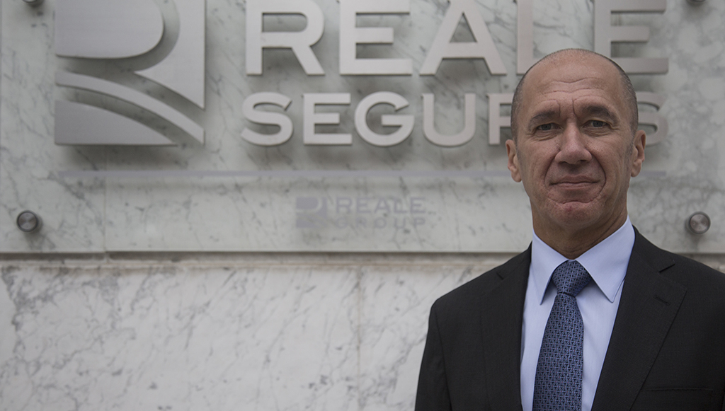 04 - Francisco-Javier-Tera-ocupa-o-cargo-de-Vice-Presidente-do-Centro-de-Zaragoza